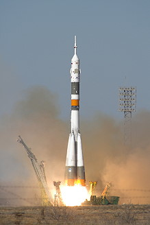 Soyuz TMA-12 launch
