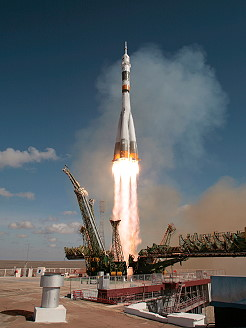 Soyuz TMA-13 launch