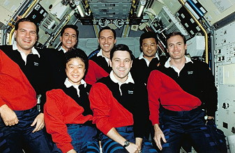 traditional in-flight photo STS-65