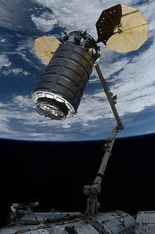 Cygnus OA-7 grapple